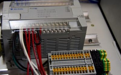 MicroLogix RSL500 Family of PLC's